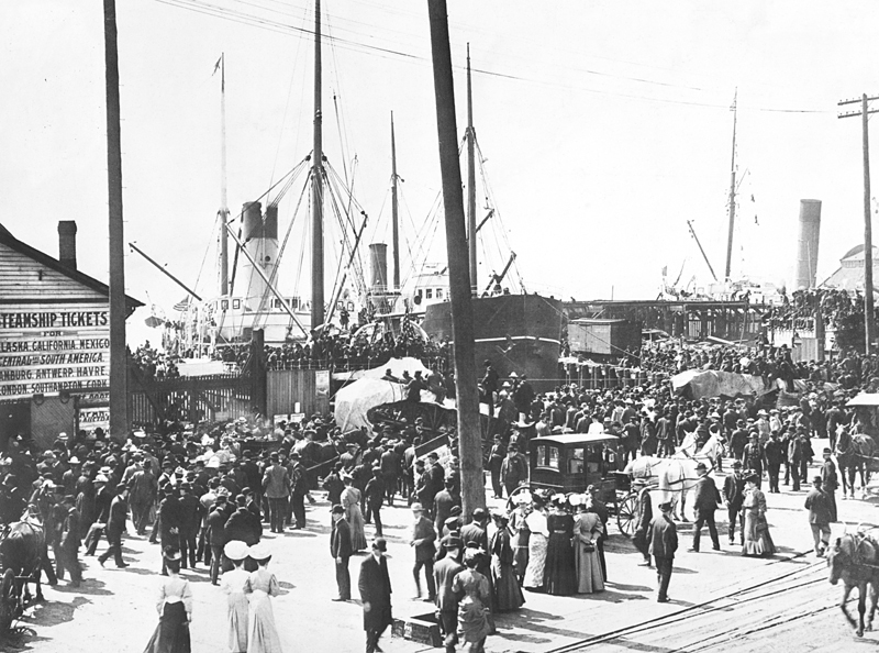 The Seattle, Washington waterfront during the Klondike Gold Rush in 1897. Photo: The New York Times photo archive via Wikimedia Commons