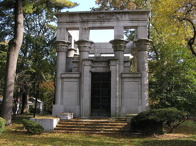 The mausoleum of Jules Bache in Woodlawn Cemetery, Bronx, NY. Photo by Anthony22 via Wikimedia Commons