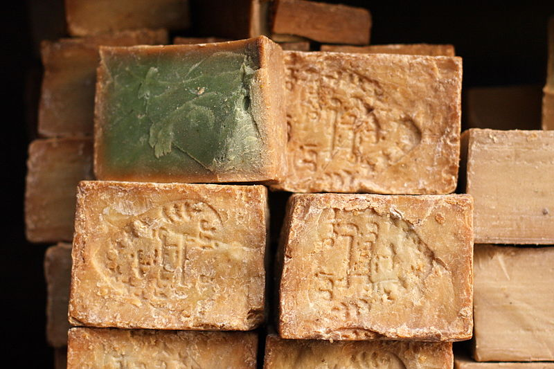 Aleppo soap. Photo by  yeowatzup from Katlenburg-Lindau, Germany via Wikimedia Commons.