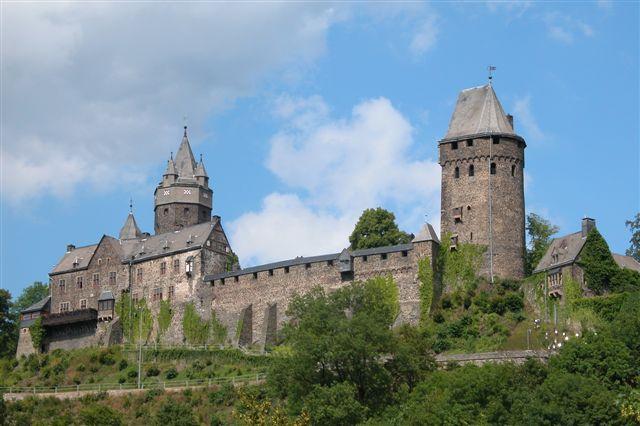 The German castle Altena from the 12th century. Attribution: Erik Christensen