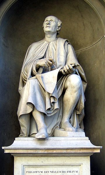 "Statue of Filippo Brunelleschi near the ""Duomo Santa Maria del Fiore"" looking up to the Dome. Photo: Wikimedia Commons"