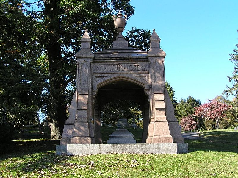 The grave of Horace Clark in Woodlawn Cemetery, Bronx, NY. Photo by Anthony22 via Wikimedia Commons